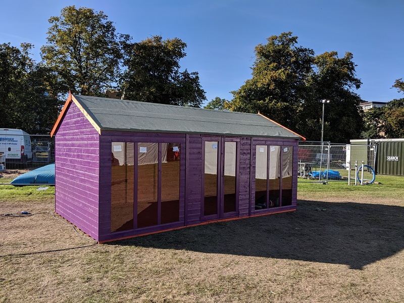 Tiger Shed painted purple for UCI event