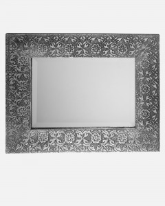 Rose patterned mirror