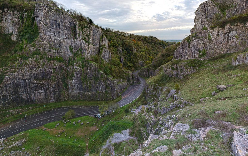 travel-cheddar-gorge