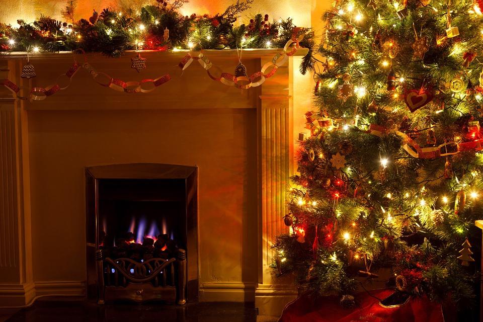 christmas-tree-83121_960_720