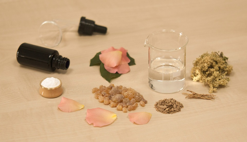 How to Make Perfume from Ingredients Found in the Garden