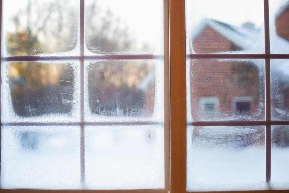 frost-on-window-637531_960_720