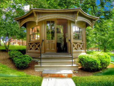 Mark Twain's writing hut