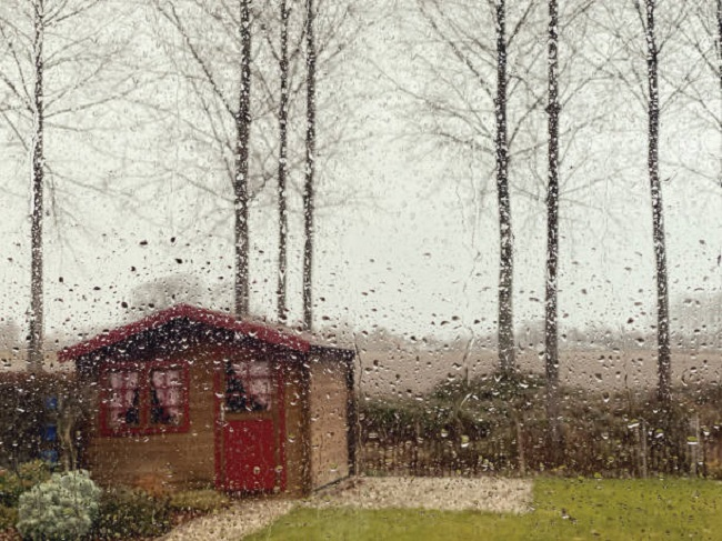 Shed in rain