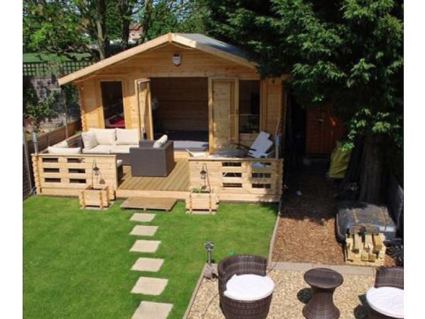 Shere Log Cabin